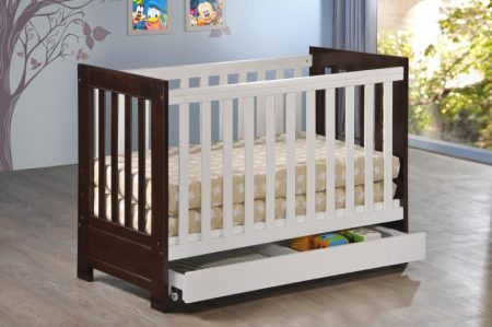 Mira crib with drawer
